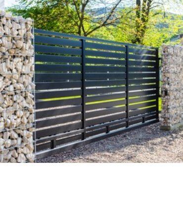 забор из металлического сайдинга