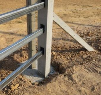 столбы для забора металлические
